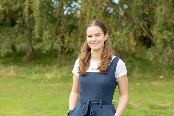 Miss Zoe Hickey